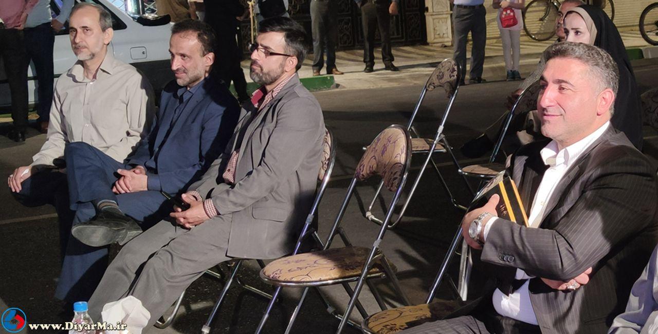 در آیین بهرهبرداری از طرح بهسازی و نوسازی خیابان فردوسی مجری نظارهگر بود و ناظرهای مستعفی تمرین سخنوری کردند.