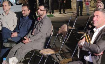 گود بای پارتی دو عضو شورا در صافترین خیابان شهر که خطکشی کجی دارد
