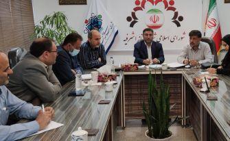 از خبر سوخته استعفای دو عضو شورا تا امتیازات خلاف قانون کارمند شهرداری